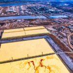 Processing of oilsands in Alberta. Photo: Russ Heinl